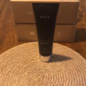 Monat Black Shampoo and Conditioner